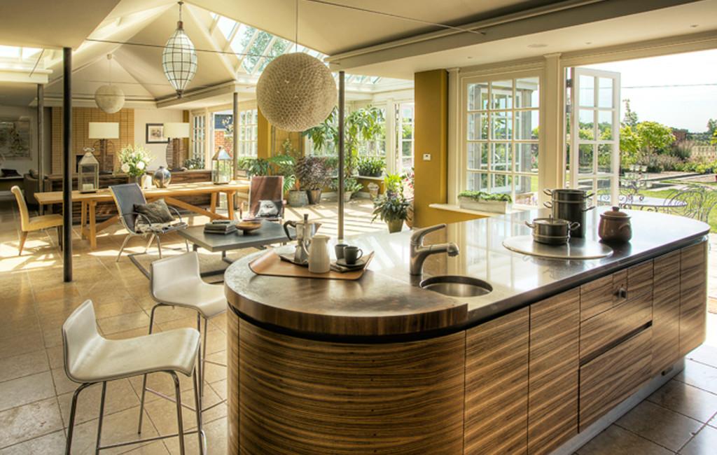 Gallery westbury garden rooms for Garden room kitchen