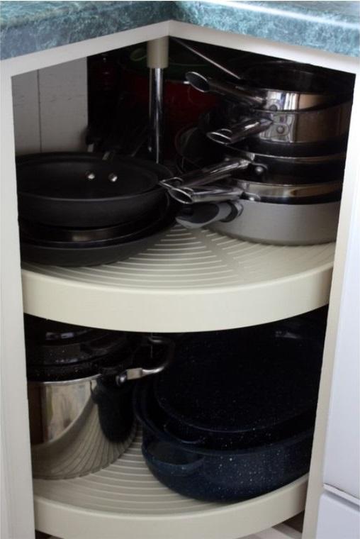 Clever corner cupboard storage