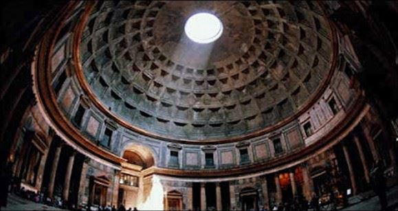 Internal image of the Pantheon's Oculus