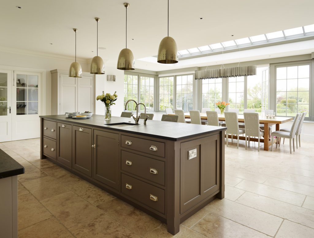 Humphrey Munson kitchen with island and glazed windows