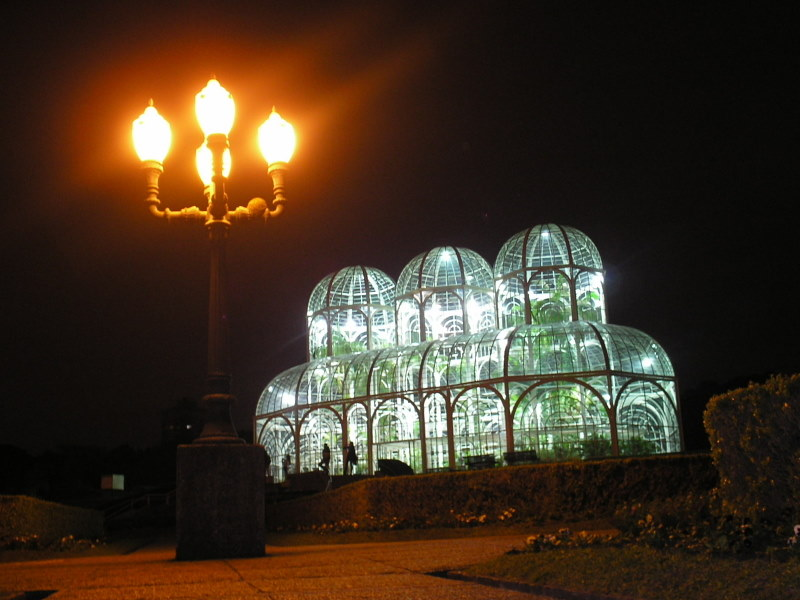 botanical garden night