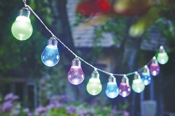 Smart lighting in the garden - bring your garden to life