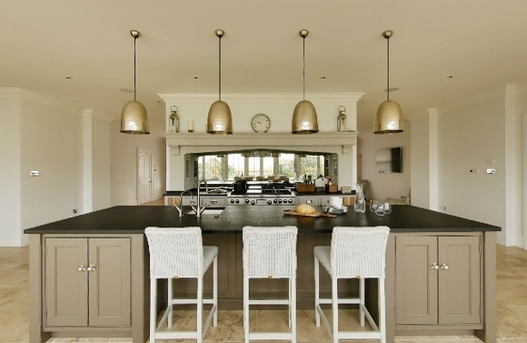 Choosing the perfect pendant lighting for your kitchen, garden room, or orangery