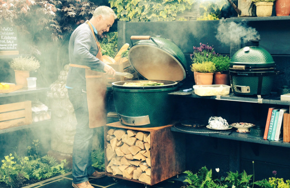 7 things to consider when choosing an outdoor kitchen