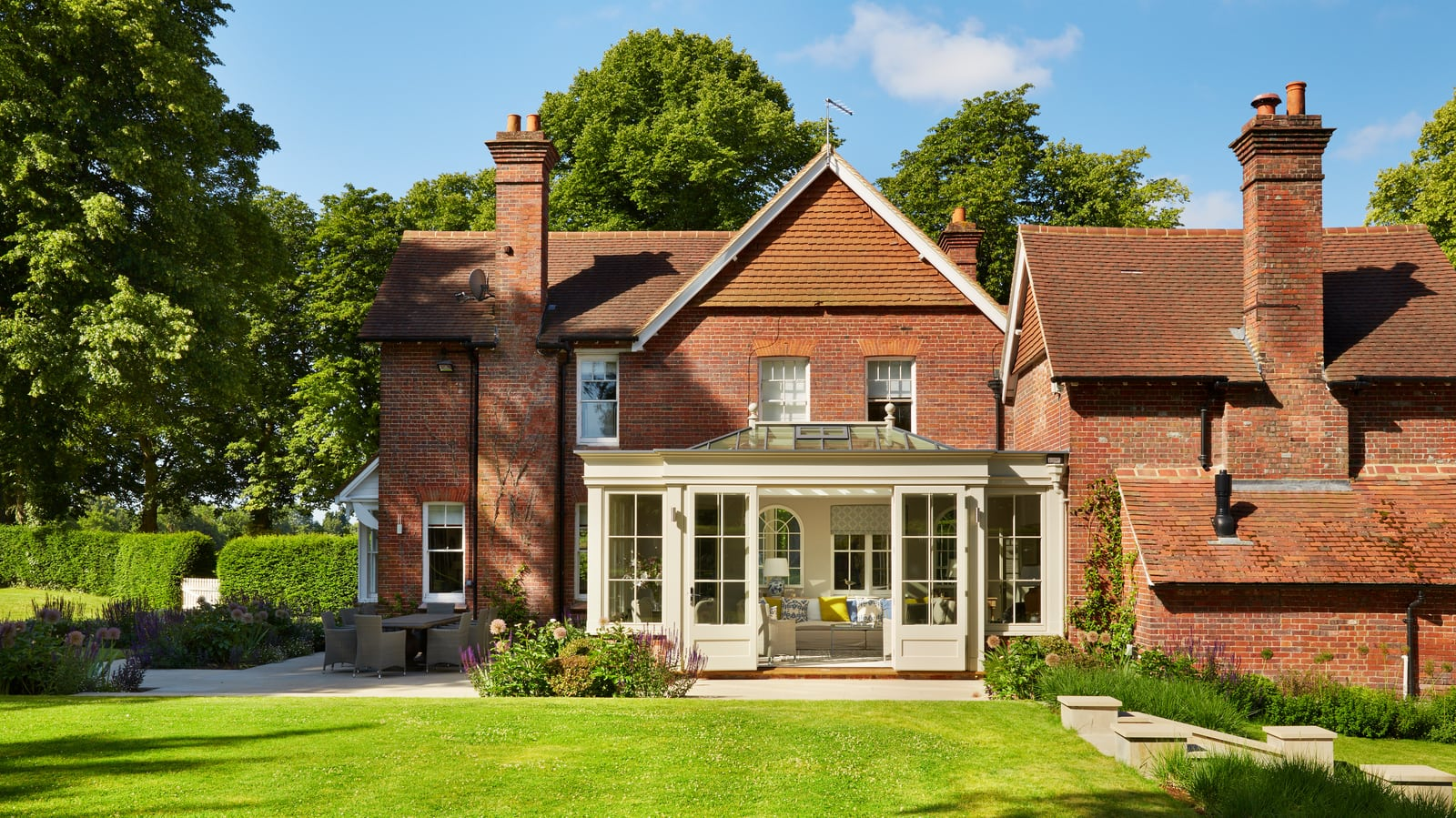 Generous detached Victorian property in the country with timber orangery extension