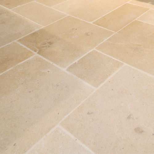 Hazelbury-Limestone-Distressed-Stone-Floor-Tiles