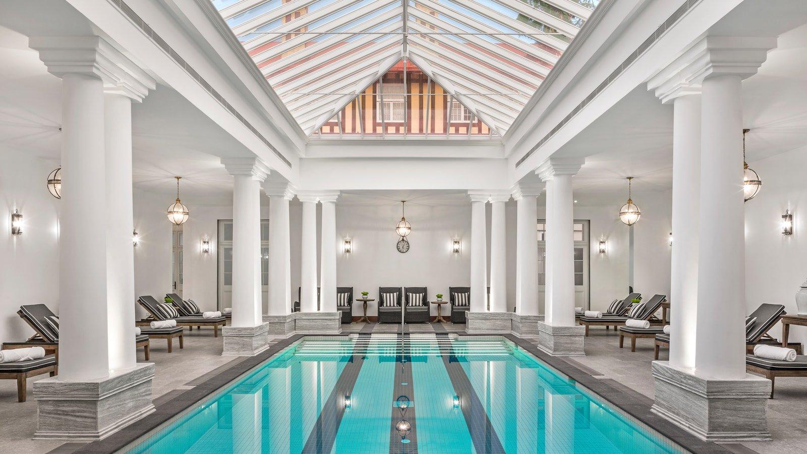 A Grand Pool House for a Grand Hotel in Sri Lanka