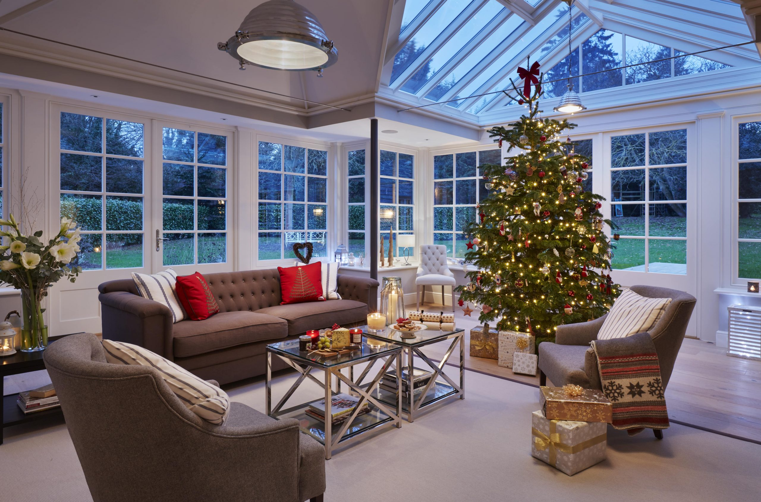 Hosting etiquette: making your home guest-ready for Christmas